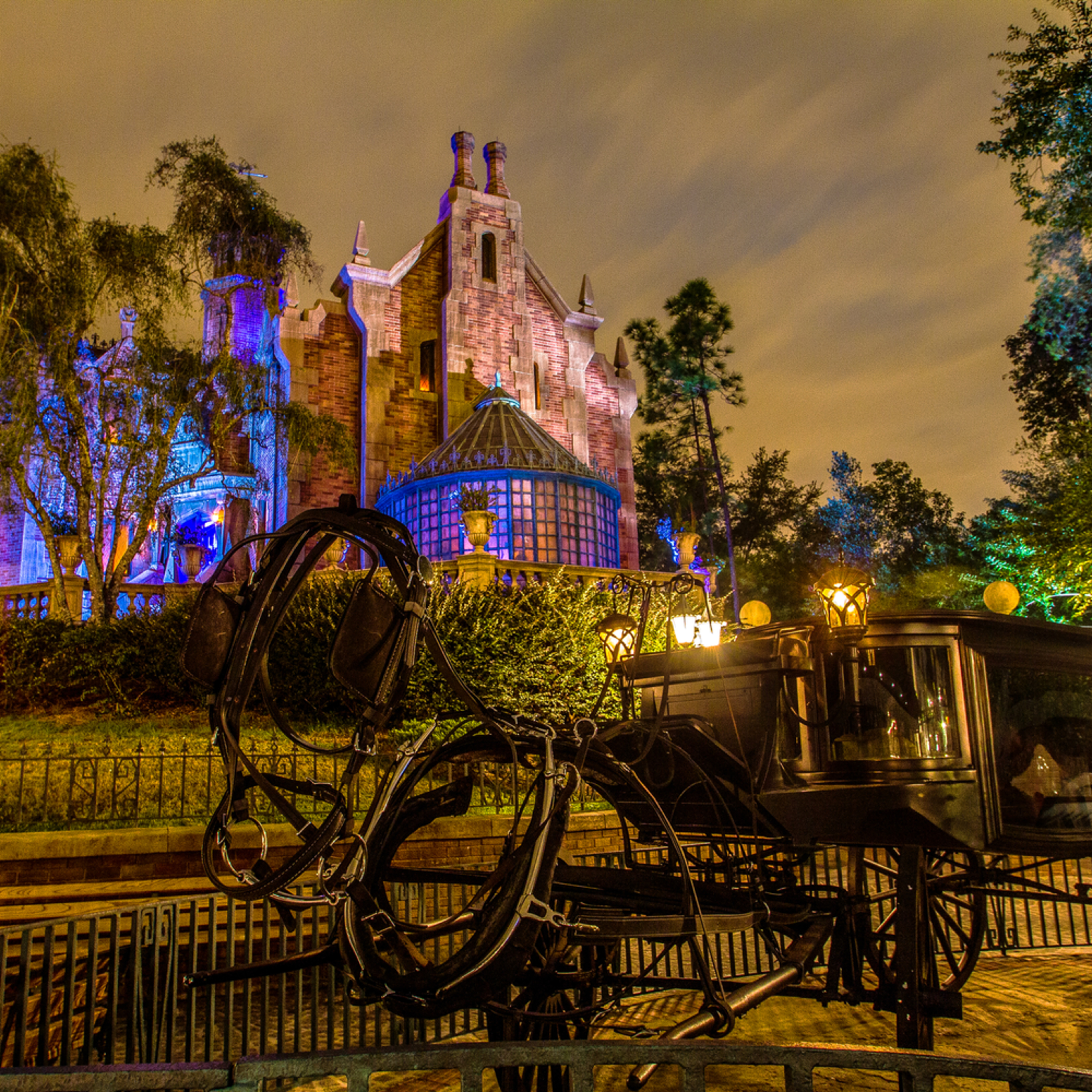 Disneys haunted mansion and stage coach lgibye