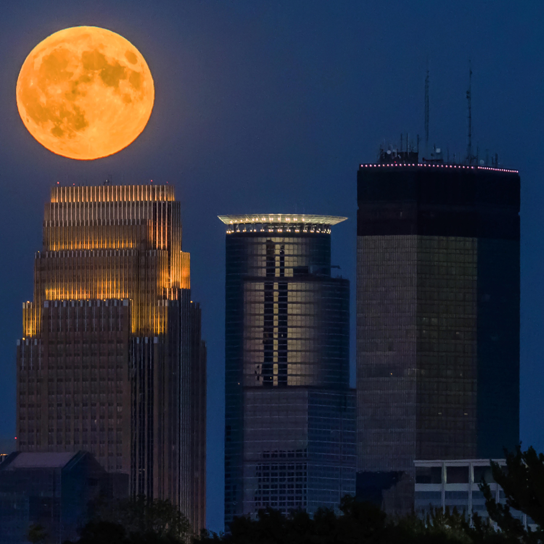 Full moon skyline jy6vfb