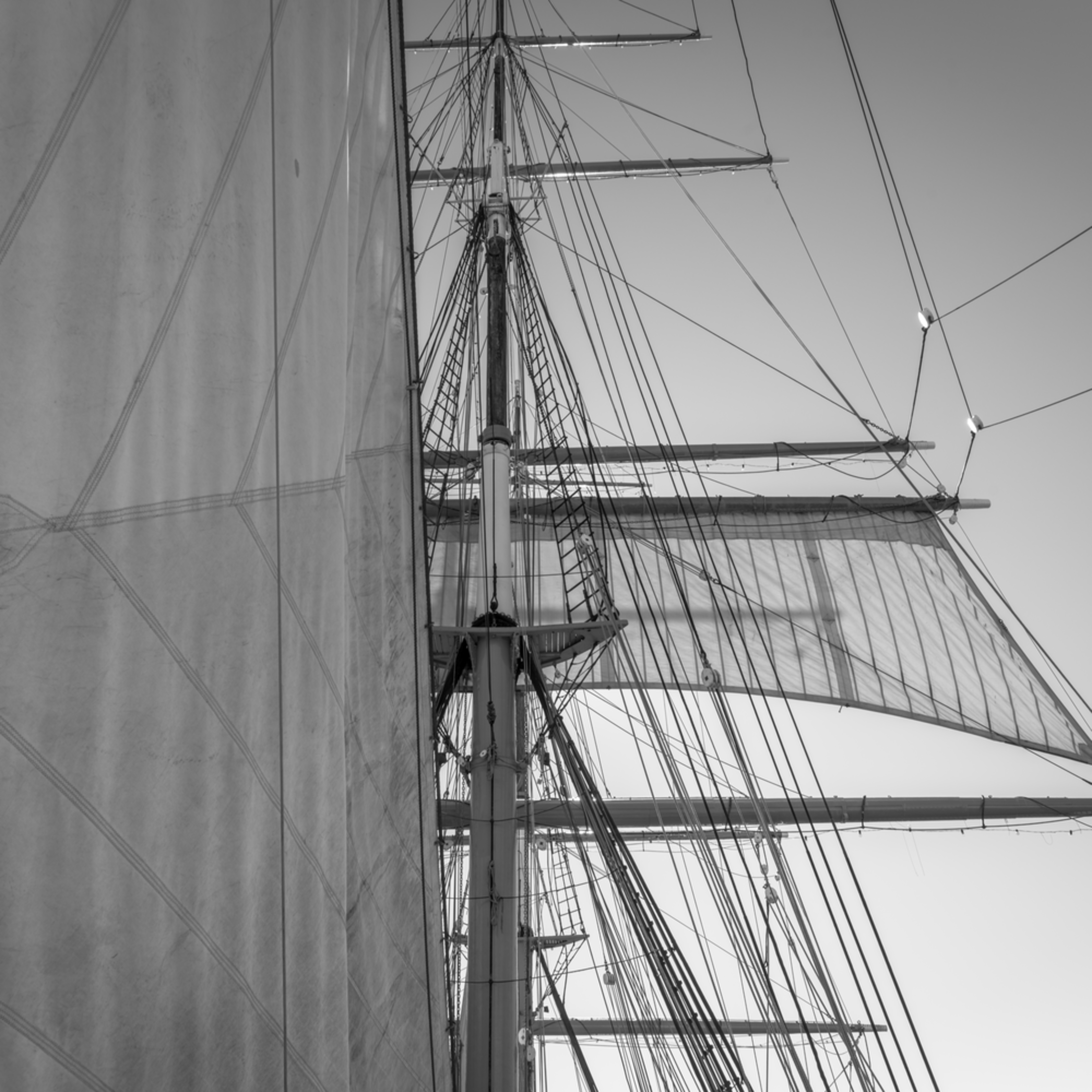 Staysail and main lower topsail   star of india onub87
