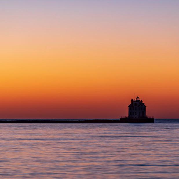 Lorain harbor lighthouse at twilight u3gory