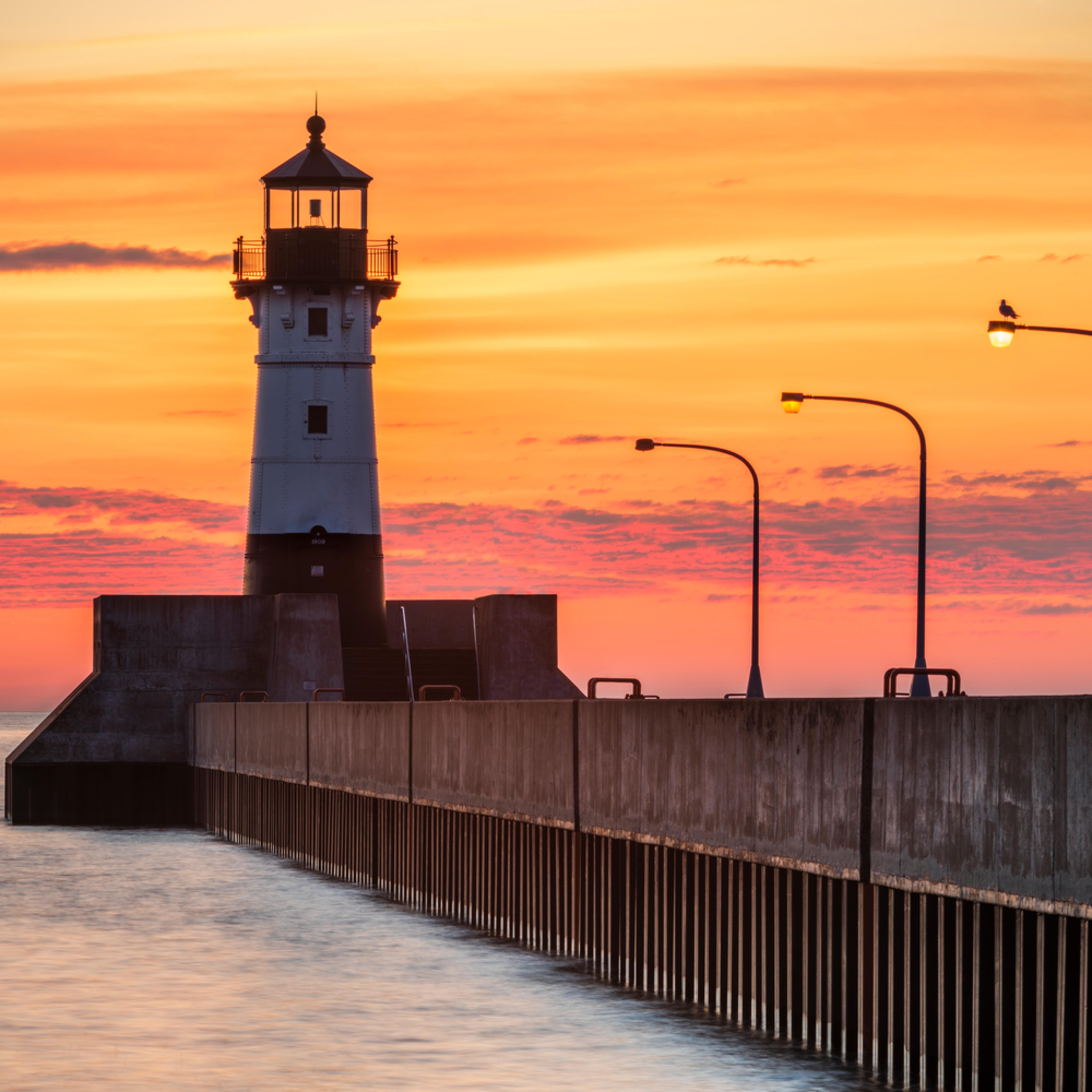 North pier sunrise v8exqr