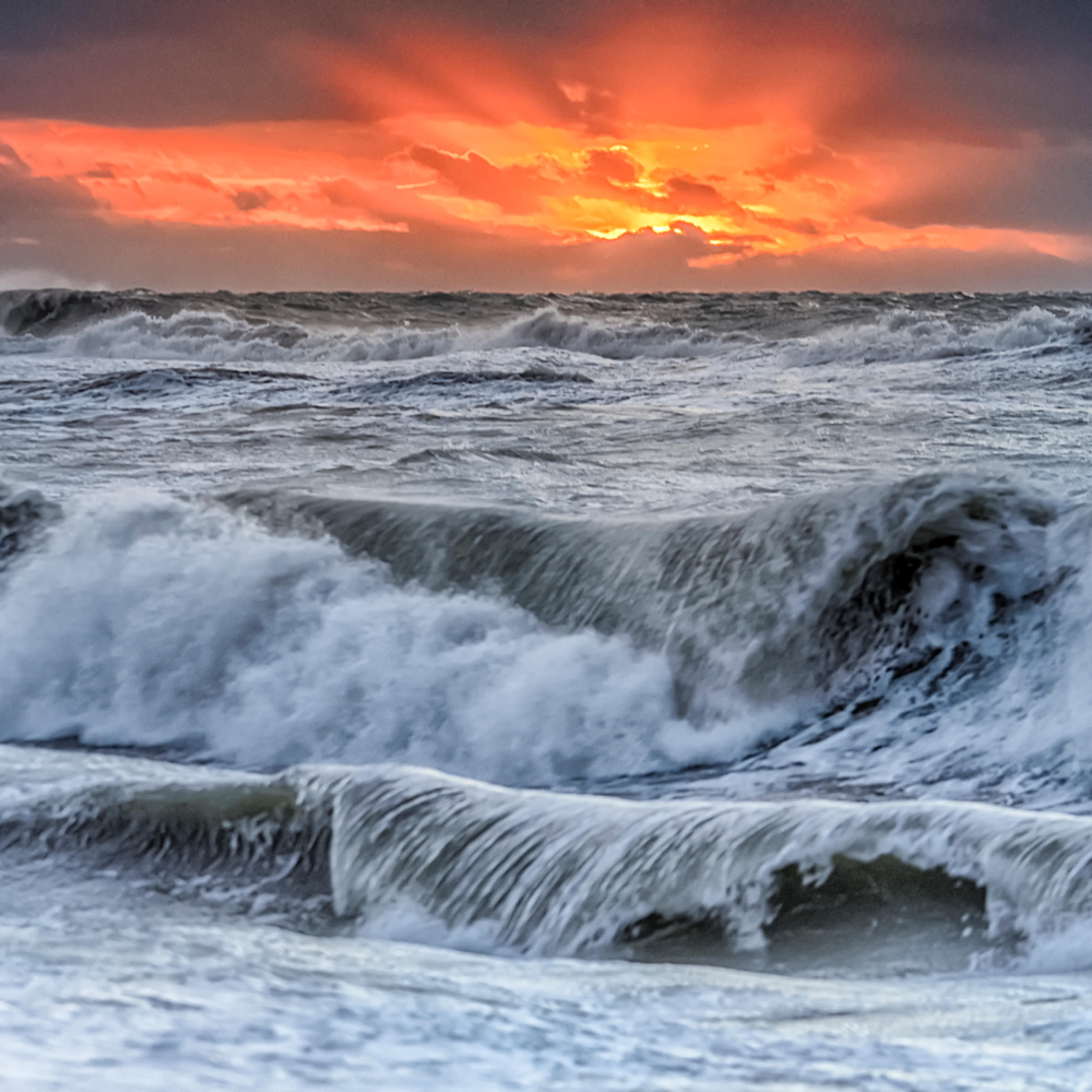 South beach fall waves at sunrise xtrkje