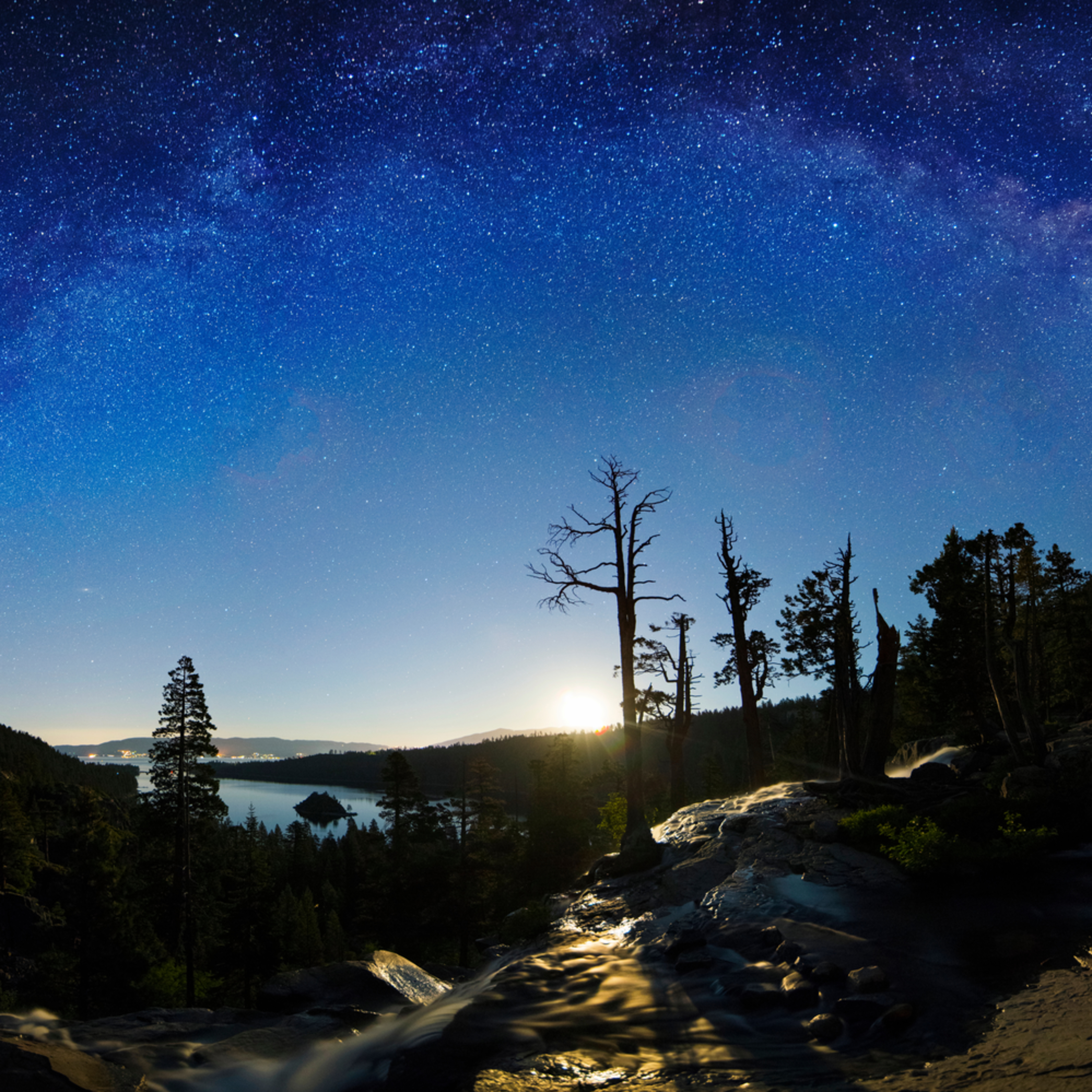 Moonrise at lower eagle falls pano color correction bzsunl