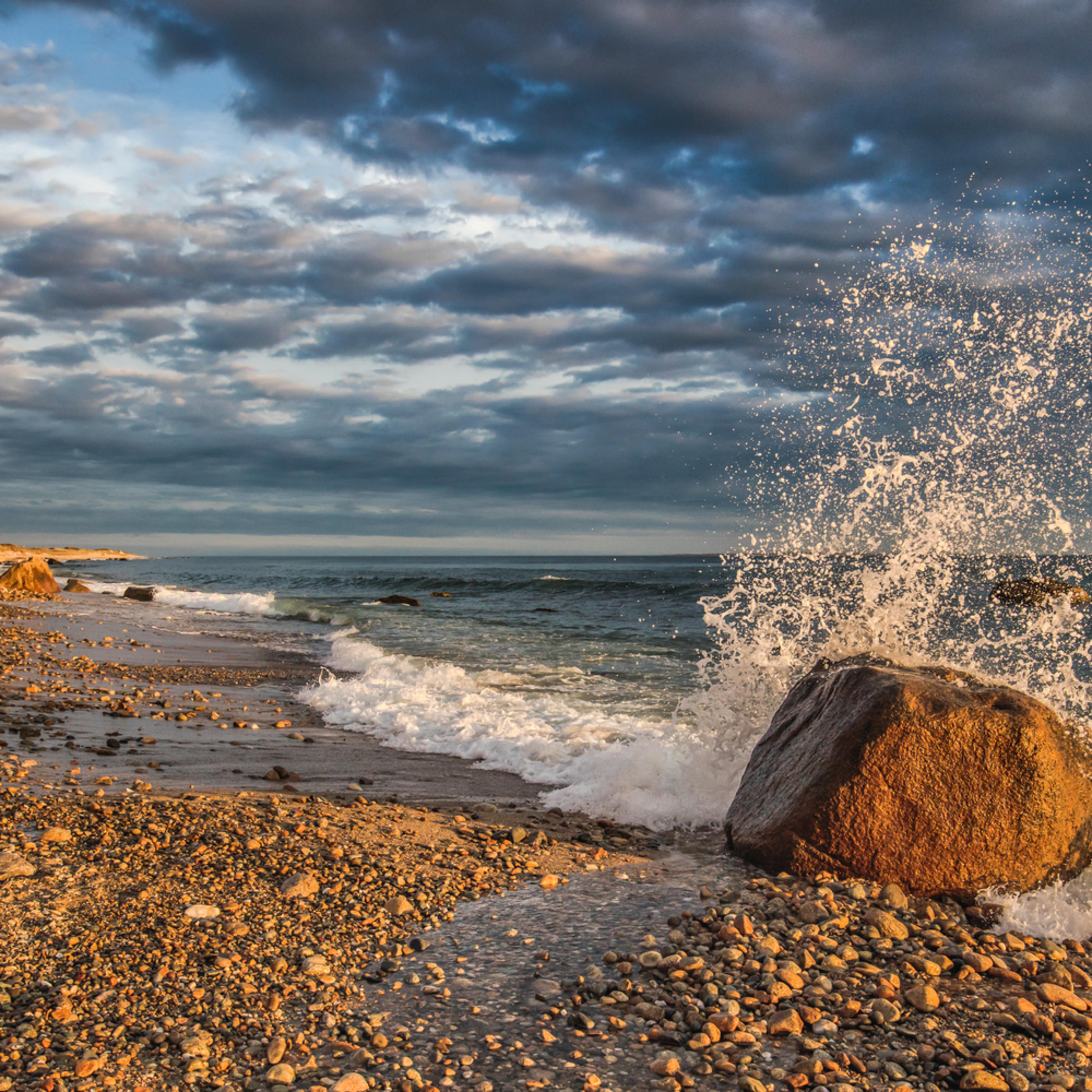 Moshup beach splash zsqcjy