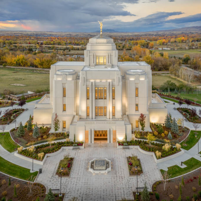 Kyle woodbury meridian temple   from above in autumn y45ayt