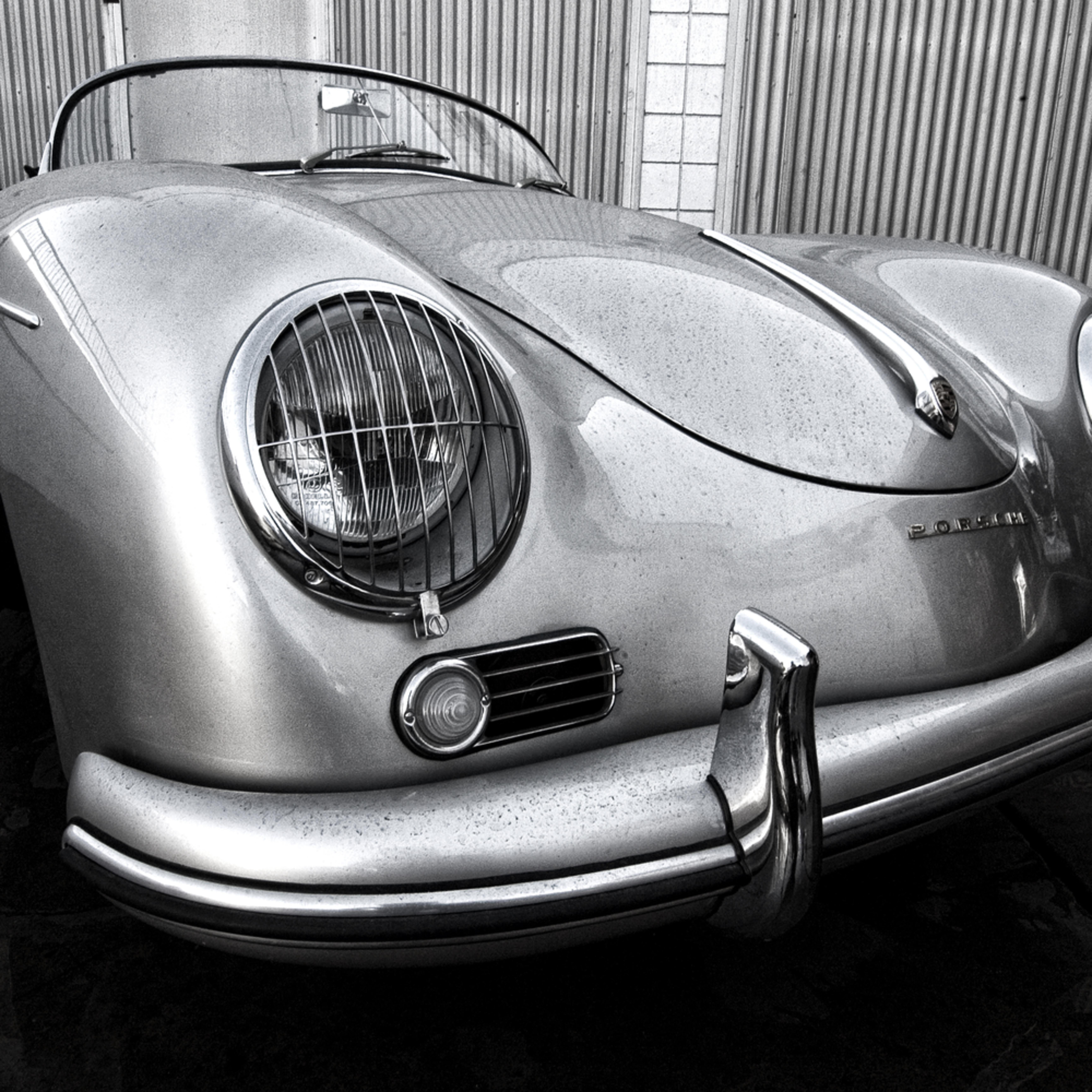 Vintage porsche speedster black and white zzeqiy