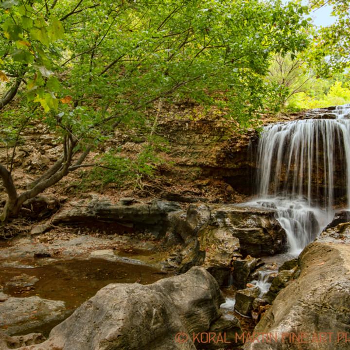 Tanyard loop waterfall 6495 koral martin tytuze