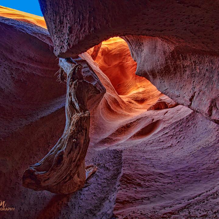 Spooky gulch slot canyon 2369 koral martin xyifmt