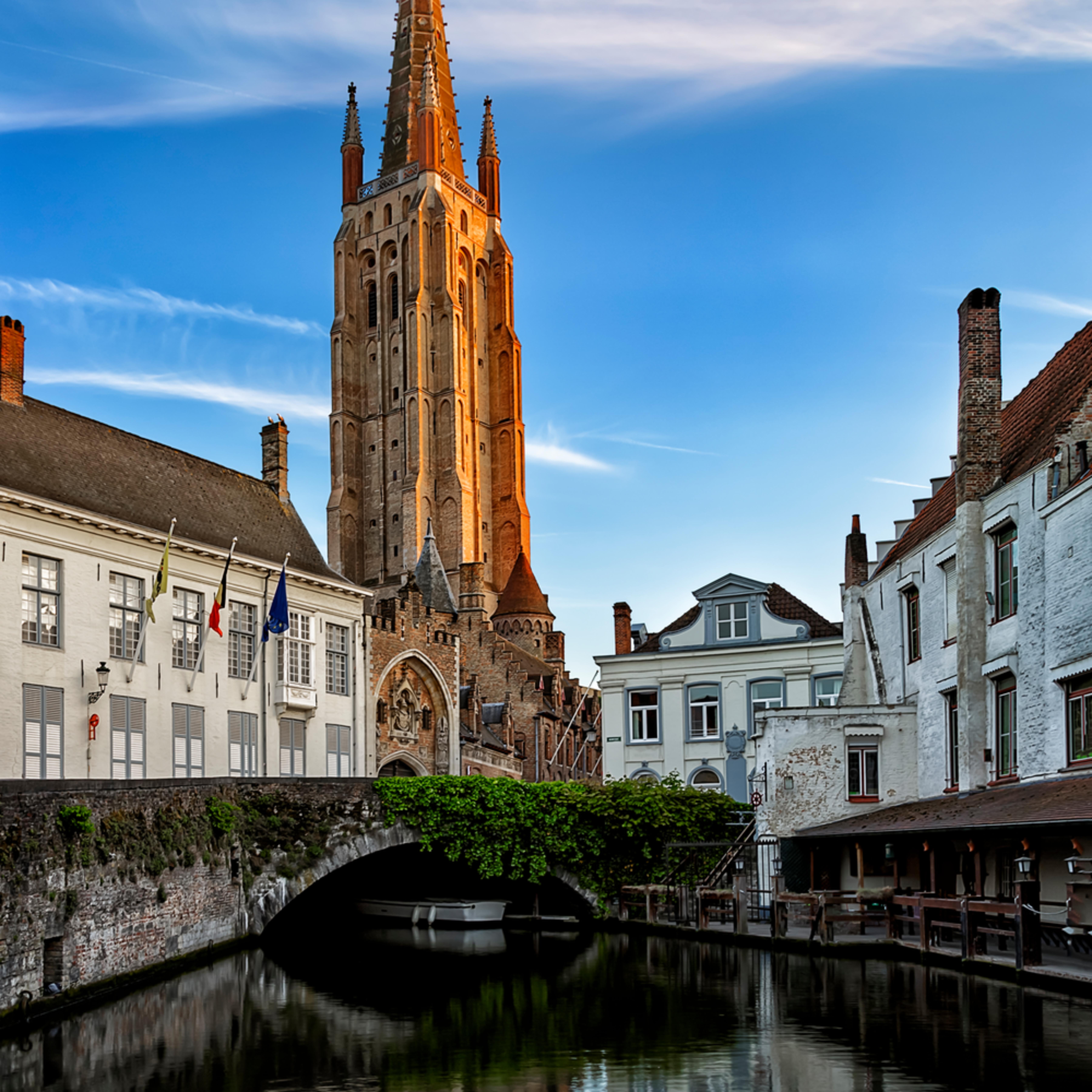 Bruges reflection 24x36 givkm6