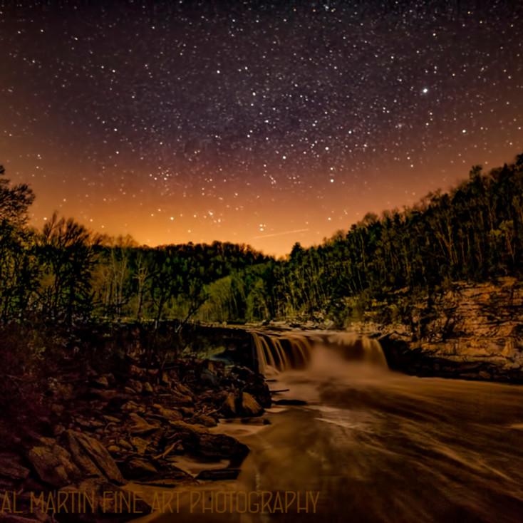 Cumberland falls night8382wm koral martin c7qt0p