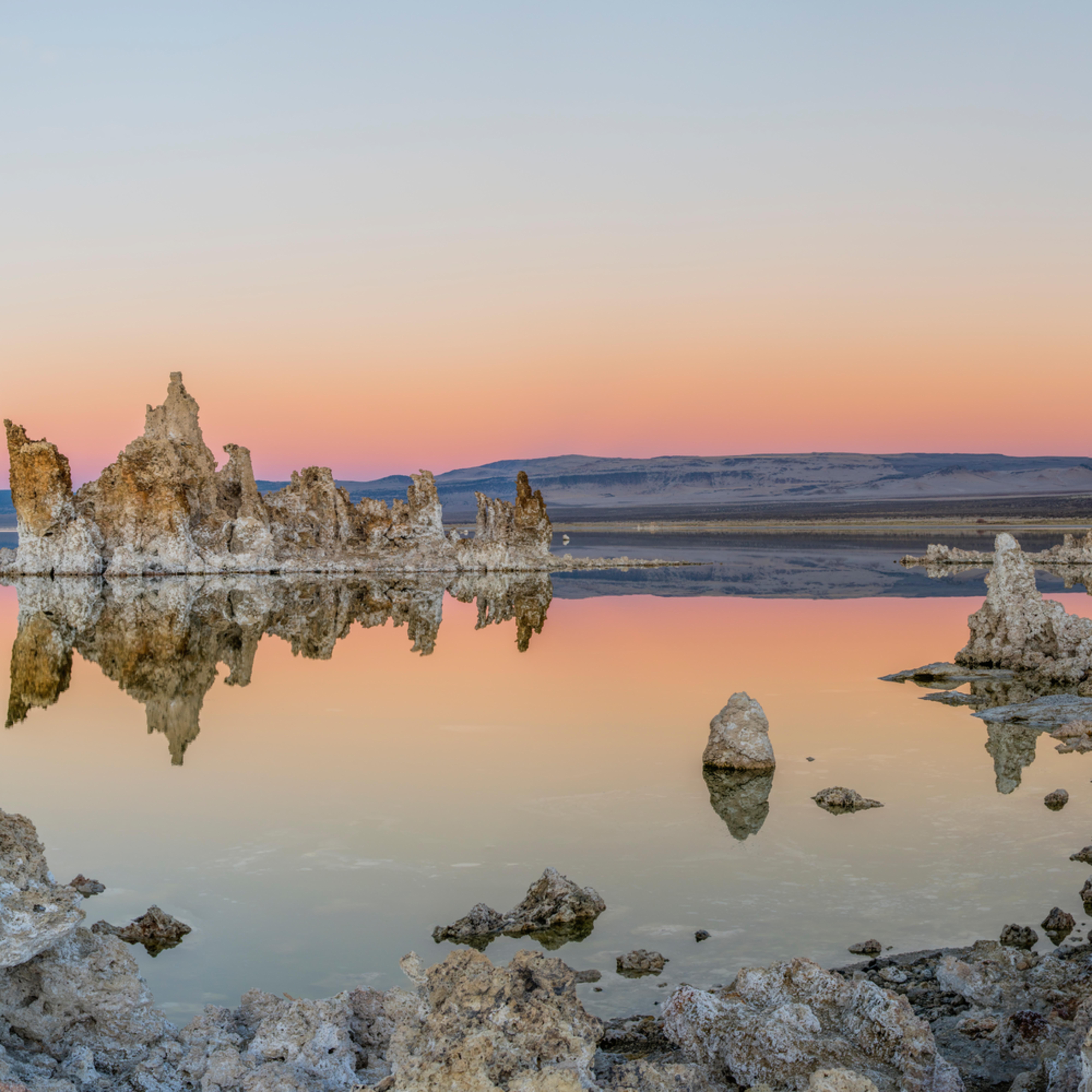 Mono lake sunset bzy9bj