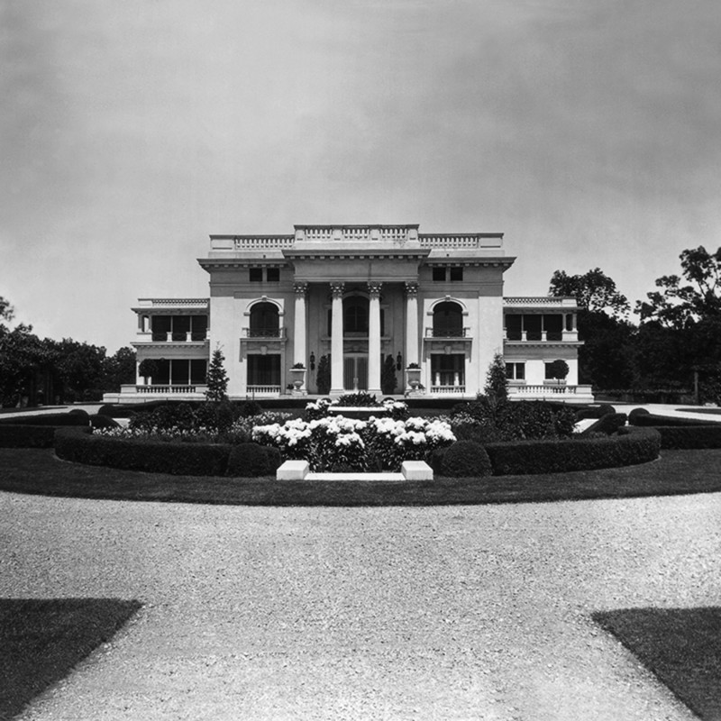 Colgate mansion zchm7m
