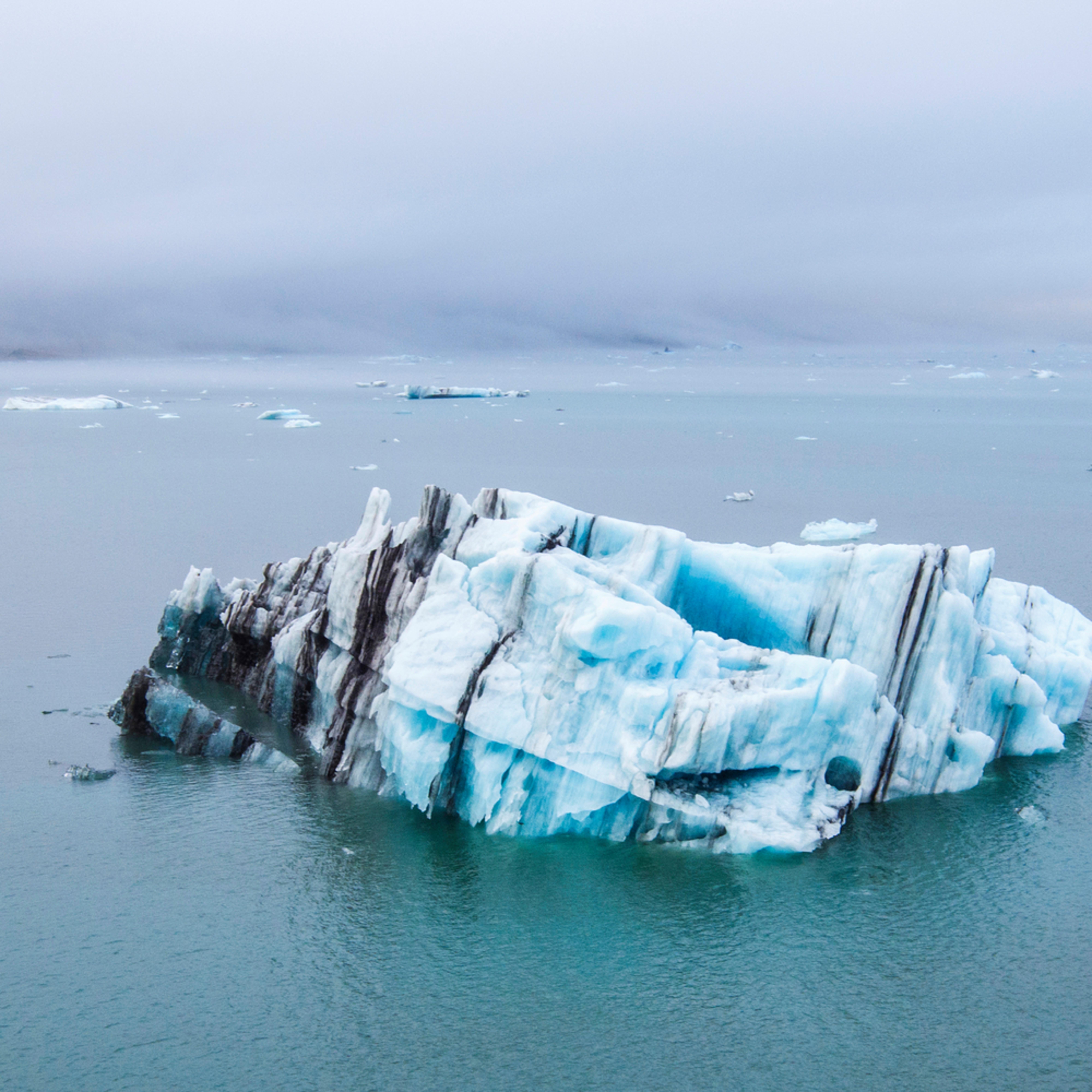 Iceberg jokulsarlon aerial 30x60 kjse0o