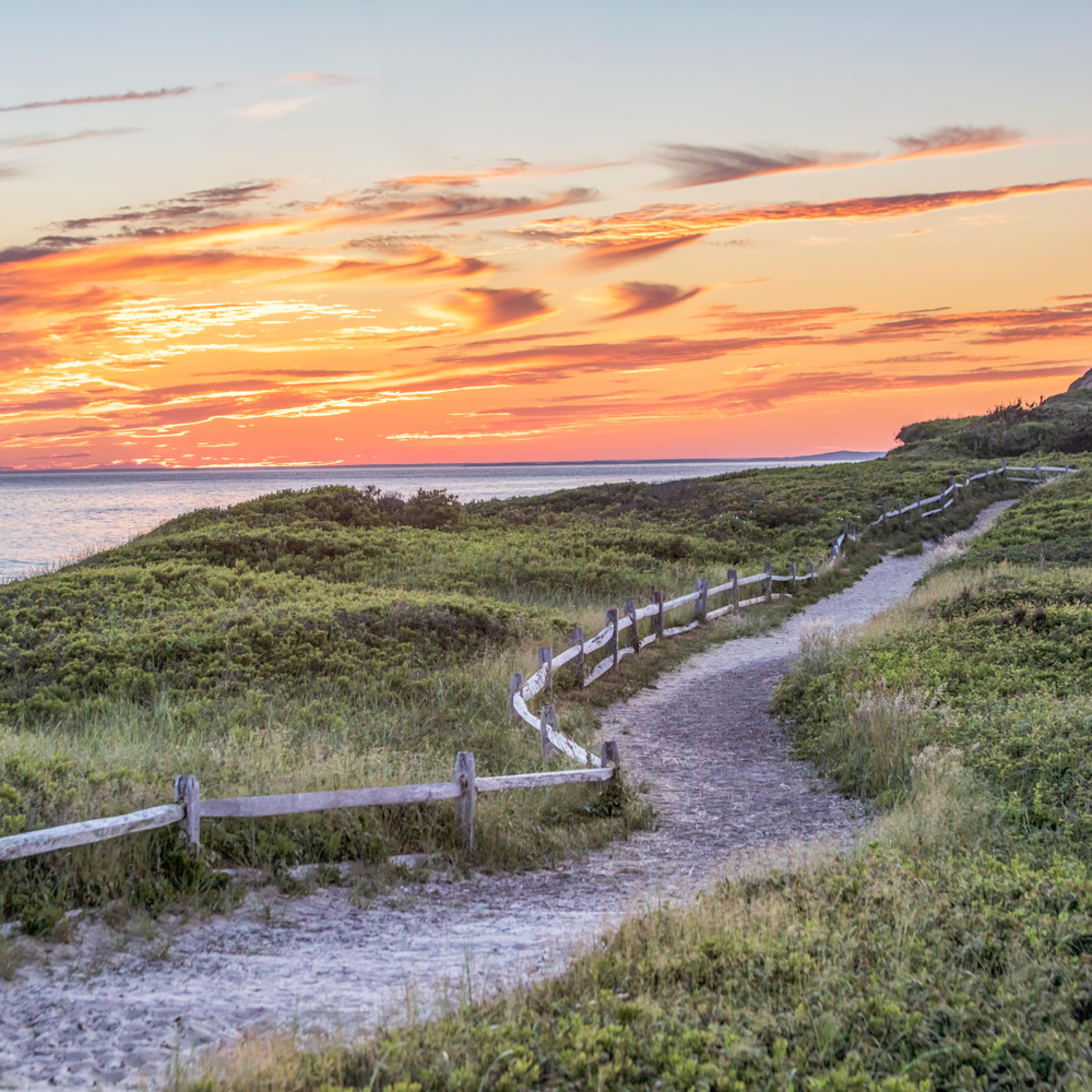 Gay cliffs path ttrsi1
