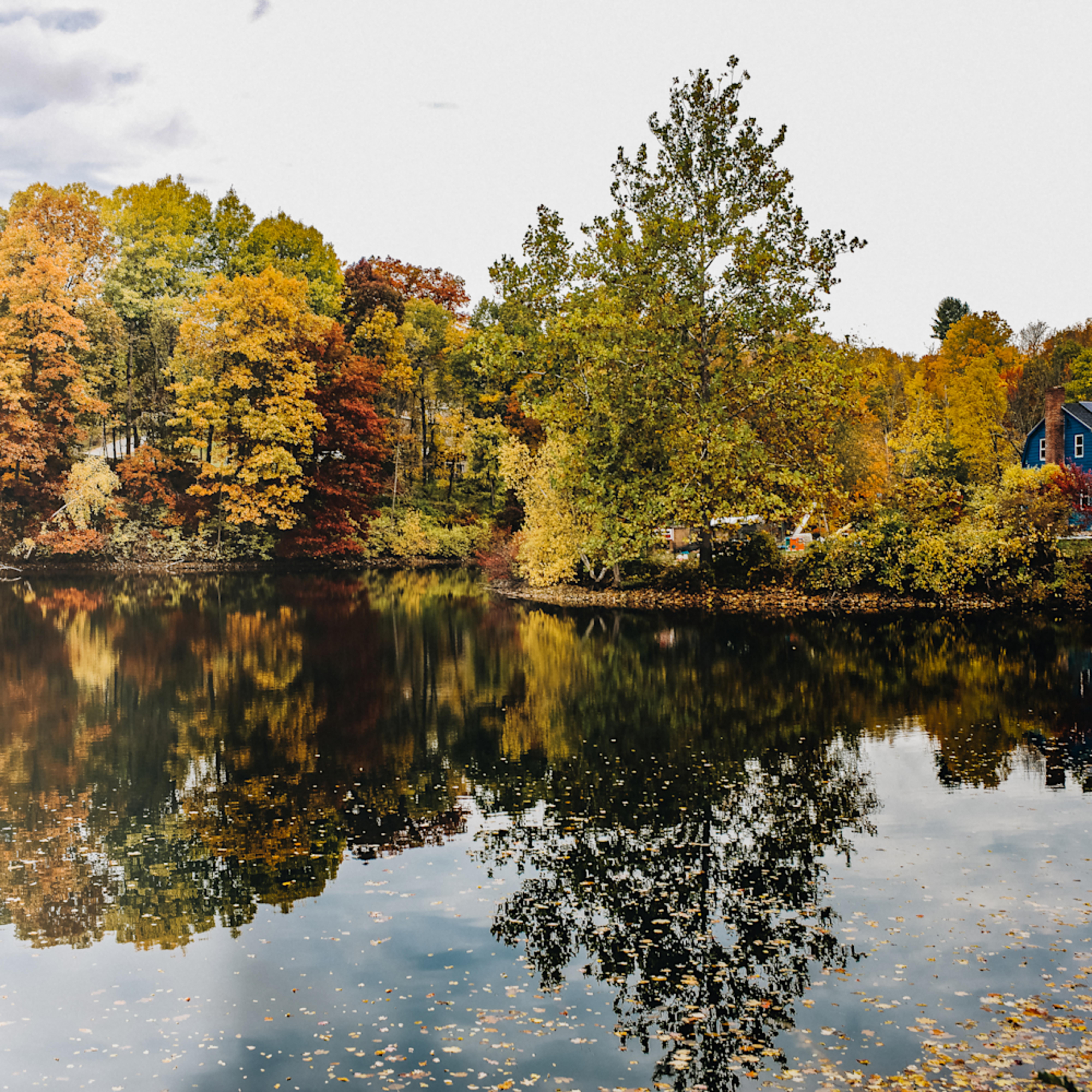 Golden pond ecqgll