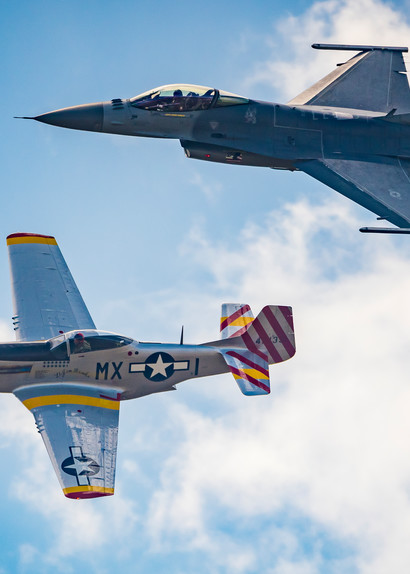 Photo P-51 February, Air Force F-16 Viper, Heritage Flight over Colorado