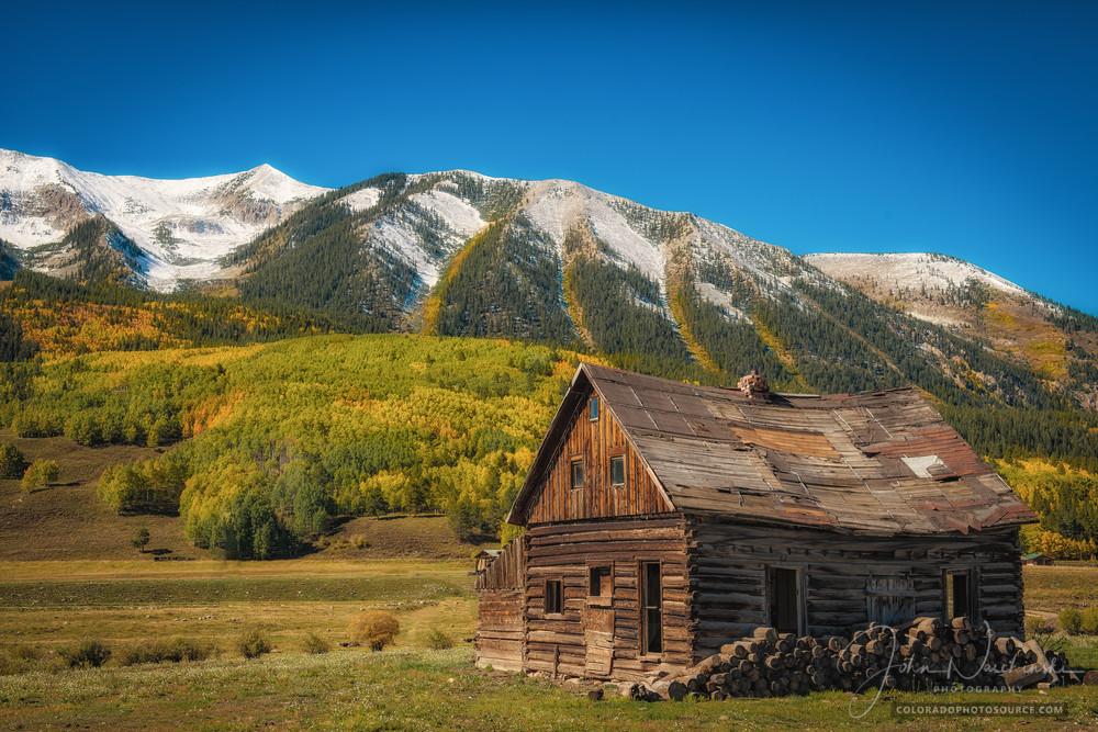 Photo Old Cedar Log Cabin Homestead Crested Butte Colorado