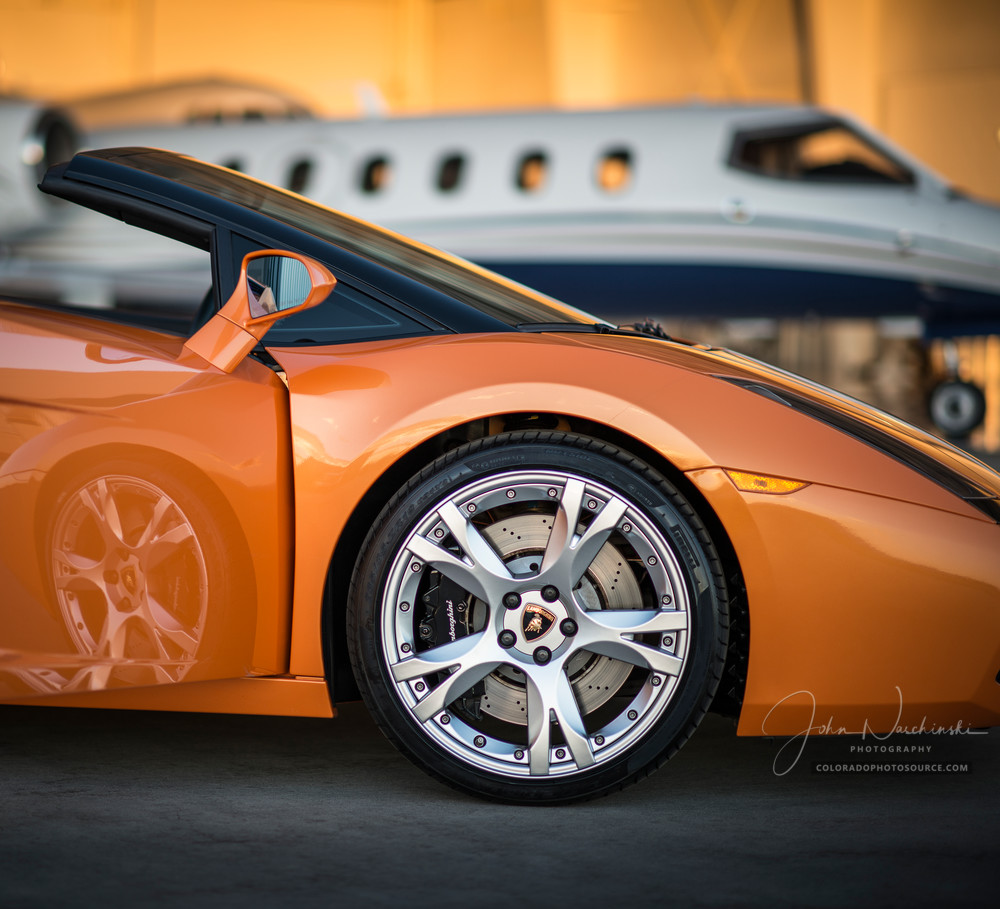 Photo of Lamborghini Gallardo with Private Luxury Jet