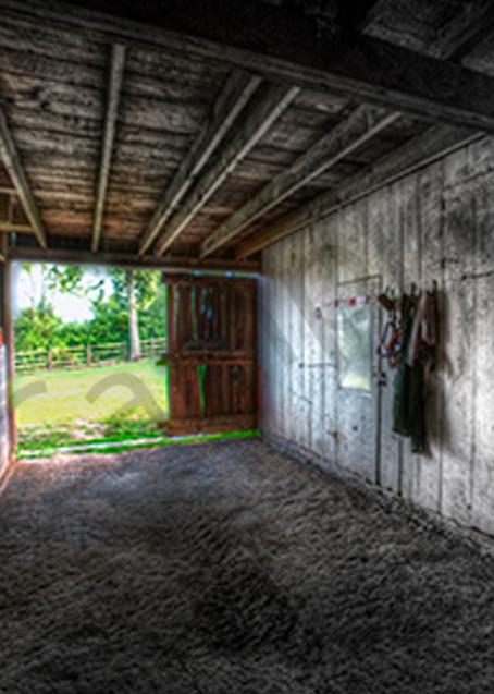 Traci's Barn Photography Art   Robert Jones Photography