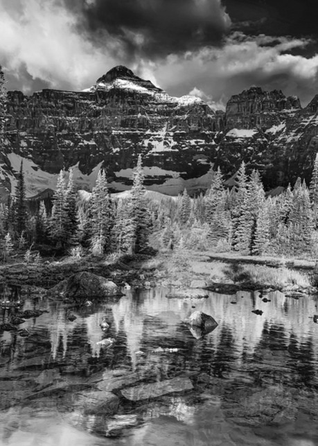 Paradise Valley at sunrise. Banff National Park | Canadian Rockies | Rocky Mountains|