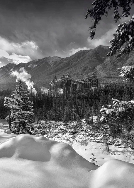 Banff Springs Hotel - Castle in the Rockies. Banff National Park|Canadian Rockies|Rocky Mountains|