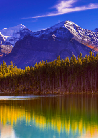 Fall in the Rockies from the shore of Herbert Lake. Banff|Canadian Rockies|Rocky Mountains|