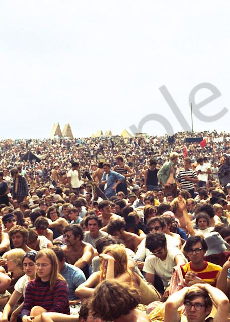 014 Woodstock Crowd Art   Cunningham Gallery