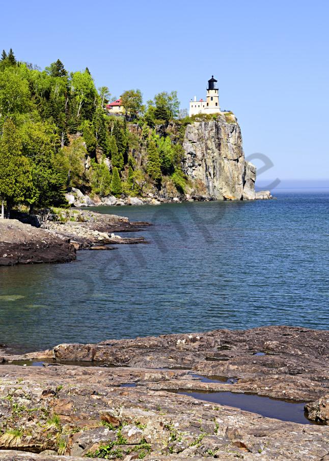 Split Rock Lighthouse on a sunny day
