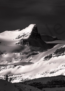 The Wapta Icefields and St. Nicholas Peak in Banff National Park. Canadian Rockies| Banf National Park|