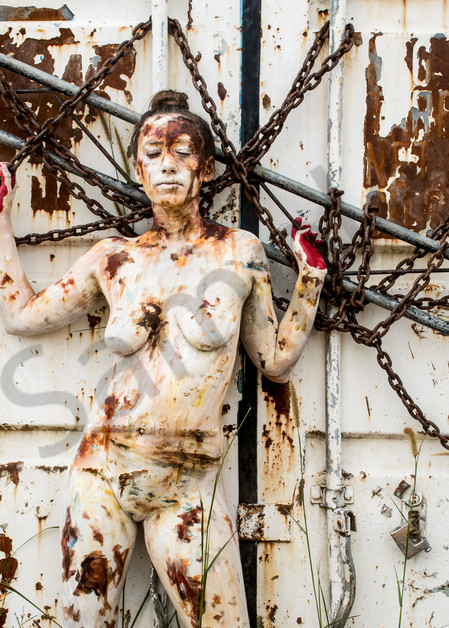 2018  Rusting Container  Sri Lanka Art   BODYPAINTOGRAPHY
