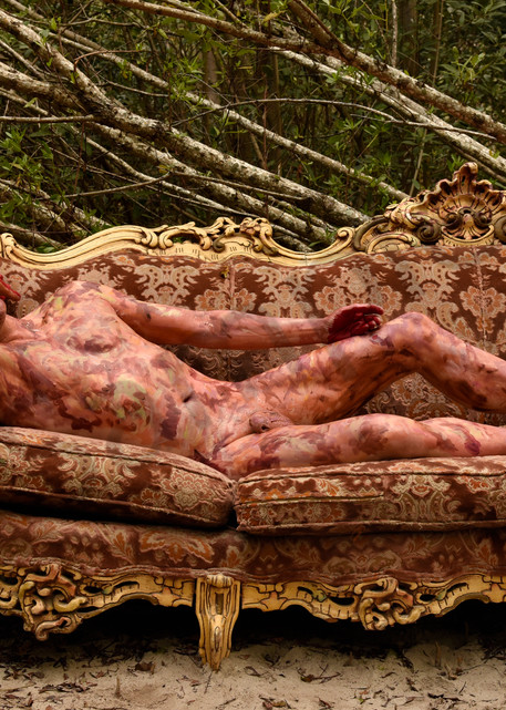 2020 Victorian Couch Florida Art | BODYPAINTOGRAPHY
