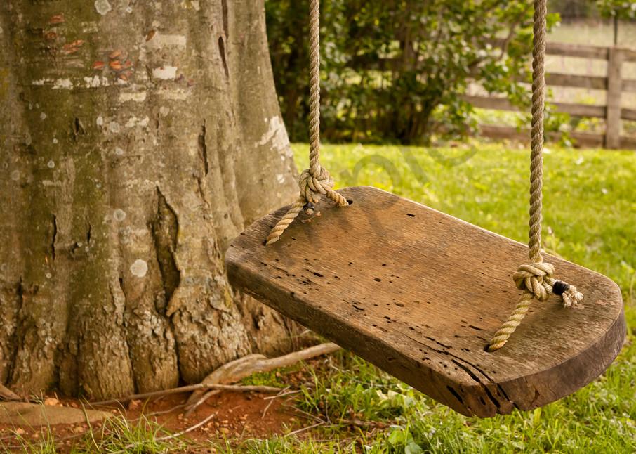 Rustic Wall Art: Wood Swing Waiting