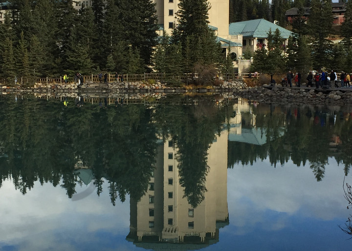 Lac Louise Hotel Photography Art   Swan Valley Photo
