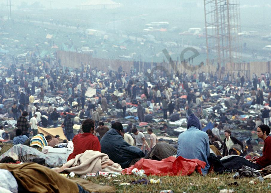 038 Woodstock Crowd Art | Cunningham Gallery