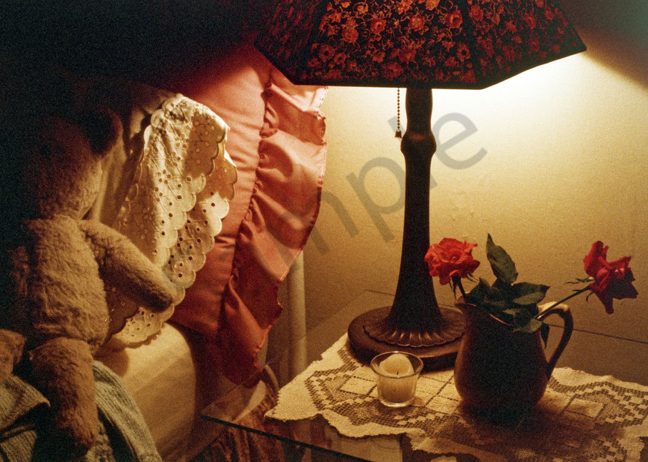 bedside, lamp, teddy bear