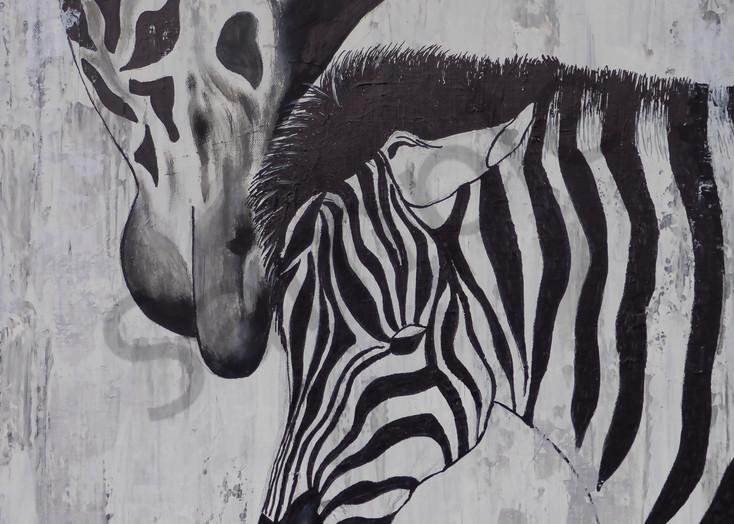Giraffe & Zebra by German Artist Angela Günther | Prophetics Gallery
