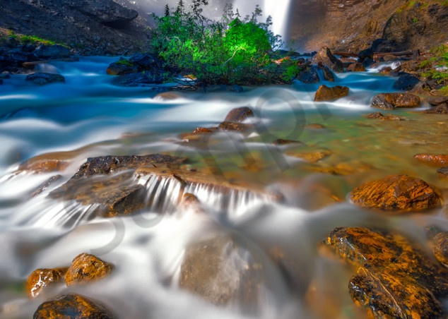 Laughing Falls in Yoho National Park. Canadian Rockies | Rocky Mountains |