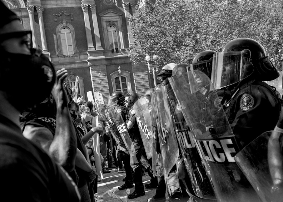Standoff At The White House Photography Art | Insomnigraphic