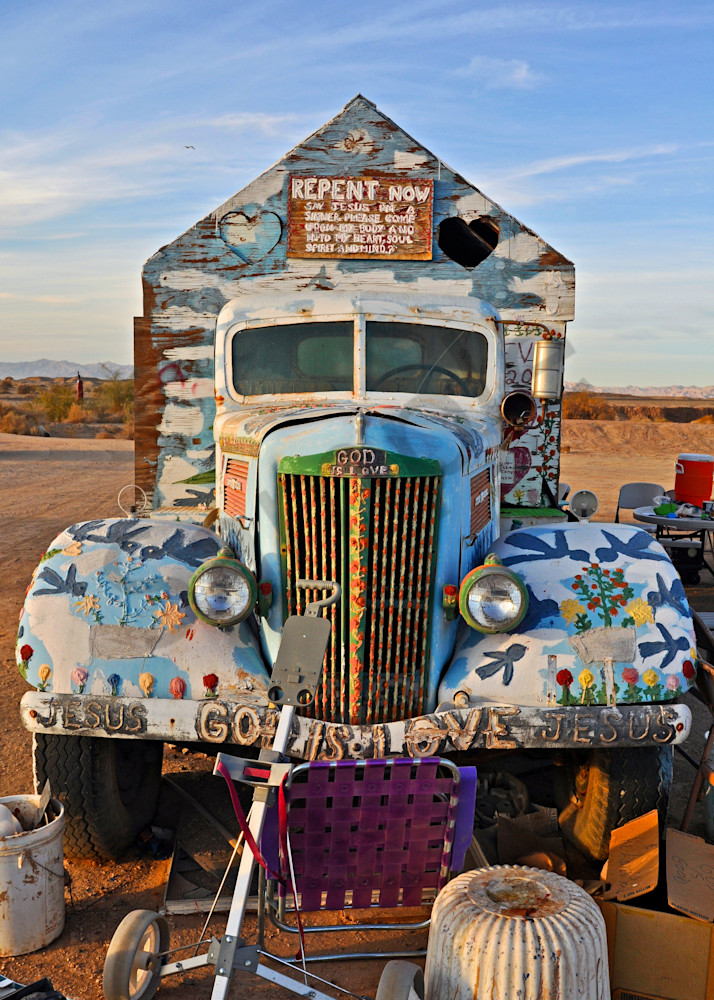 the truck that leonardknight lived in for many years at salvation mountain