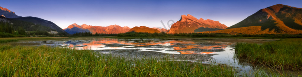 Low Water - Alpin Glow on Rundle