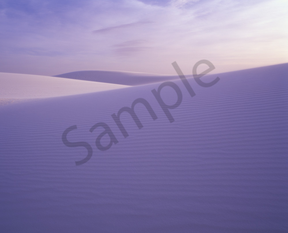 Gypsum sand dunes in White Sands National Monument near Alamogordo, New Mexico