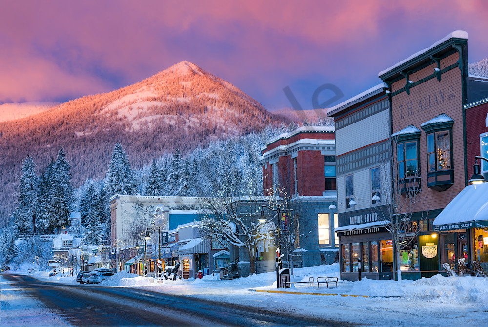 Rossland Main Street Winter 2016