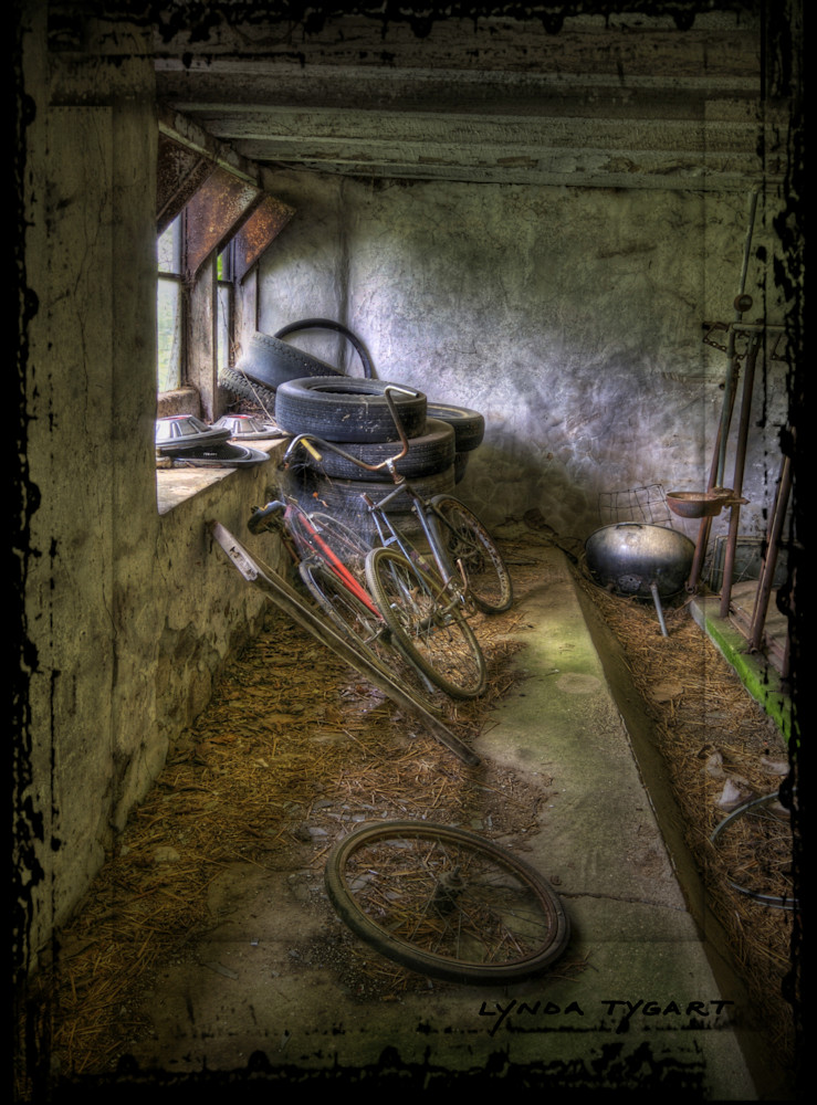 Lynda Tygart Bicycles in Barn on Wisconsin Farm – Fine Art Photographs Prints on Canvas, Paper, Metal & More.