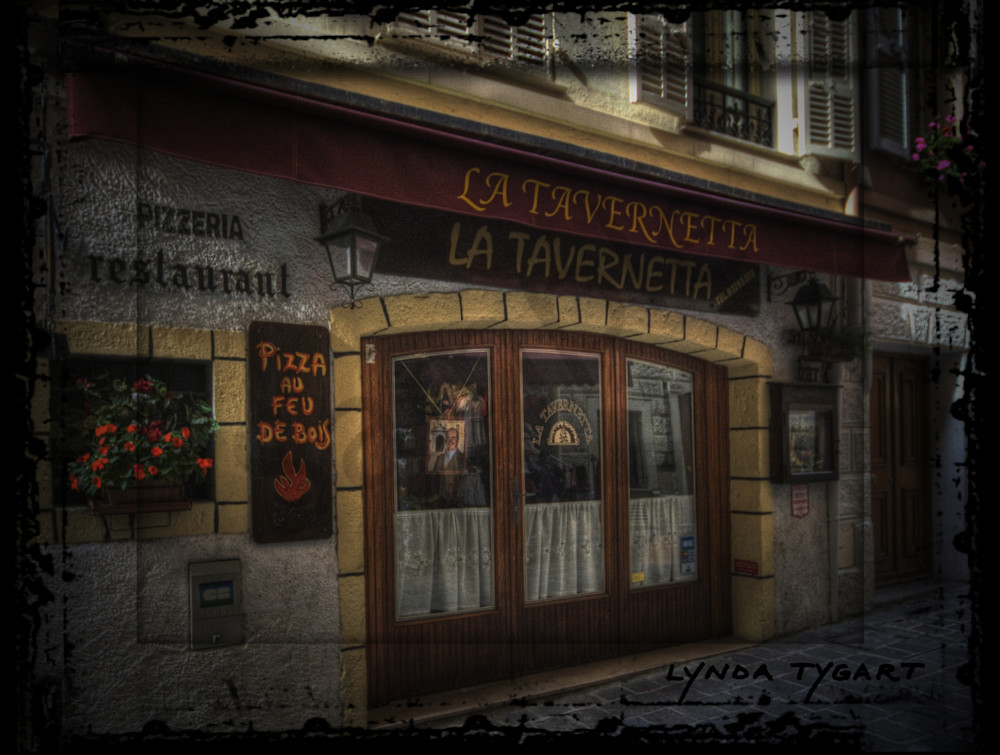 Lynda Tygart Cafe Restaurant Pub in Avignon France Europe – Fine Art Photographs Prints on Canvas, Paper, Metal & More.