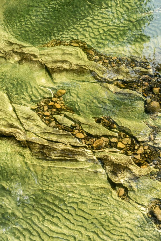 Rio Claro abstract river bed