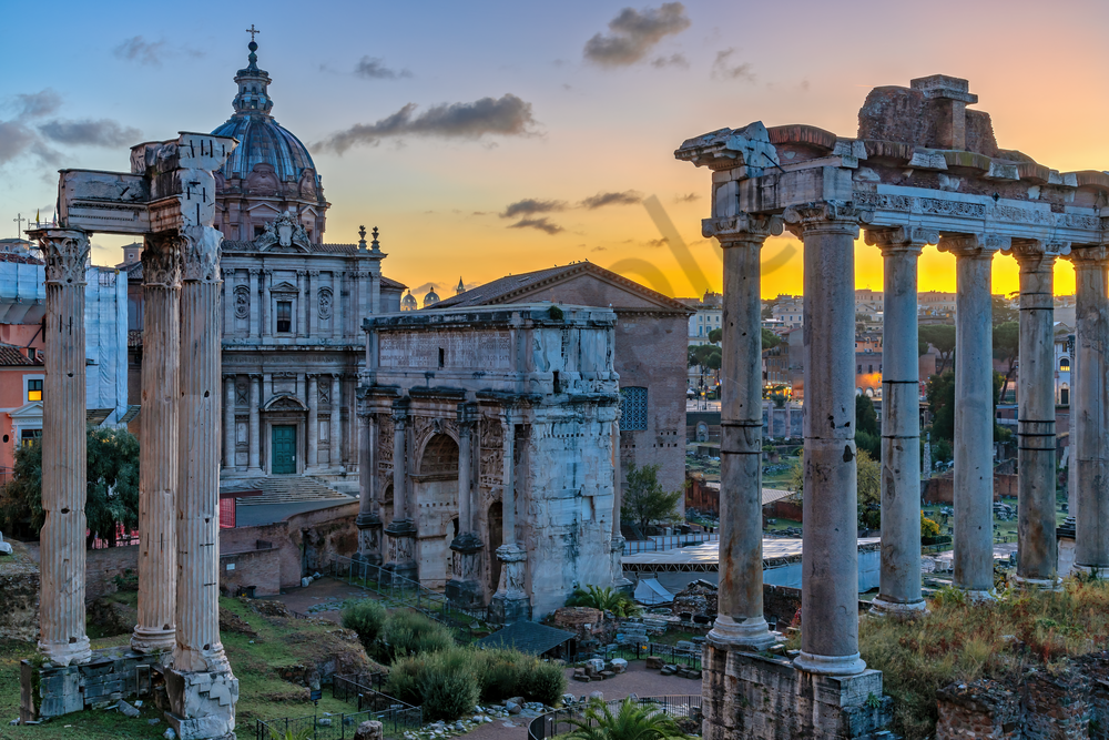 "Roman Forum,  Ancient Rome, Julius Caesar, Augustus, Gladiator matches, Colosseum, ""Curia,""  Temple of Vesta, Roman Architecture"