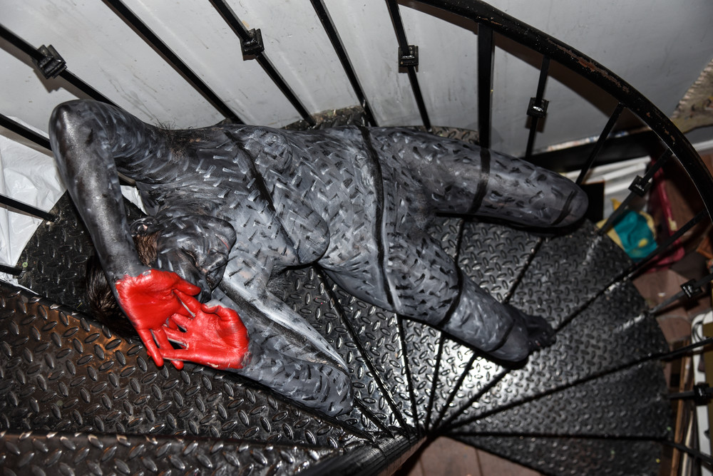 2018  Spiral Metal Stairs  New York Art | BODYPAINTOGRAPHY