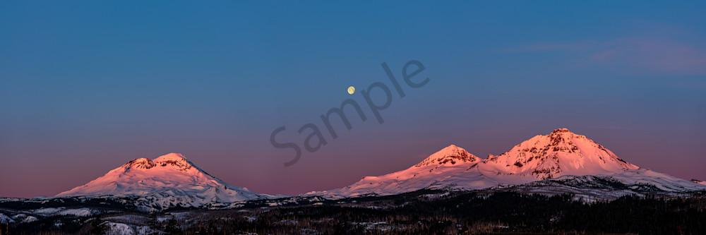 Winter Moonset Art   Scott Cordner Photography