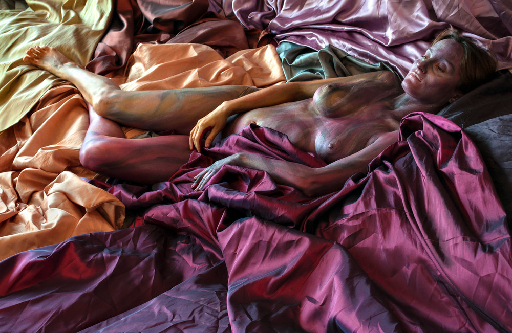 2012 Satin Sheets Art | BODYPAINTOGRAPHY