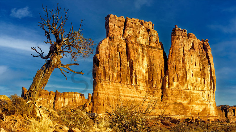 """""""Courthouse Rock"""" fine art photo by Fred Neveu."""